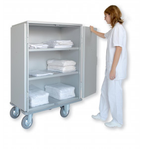 Cupboard truck with 2 shelves